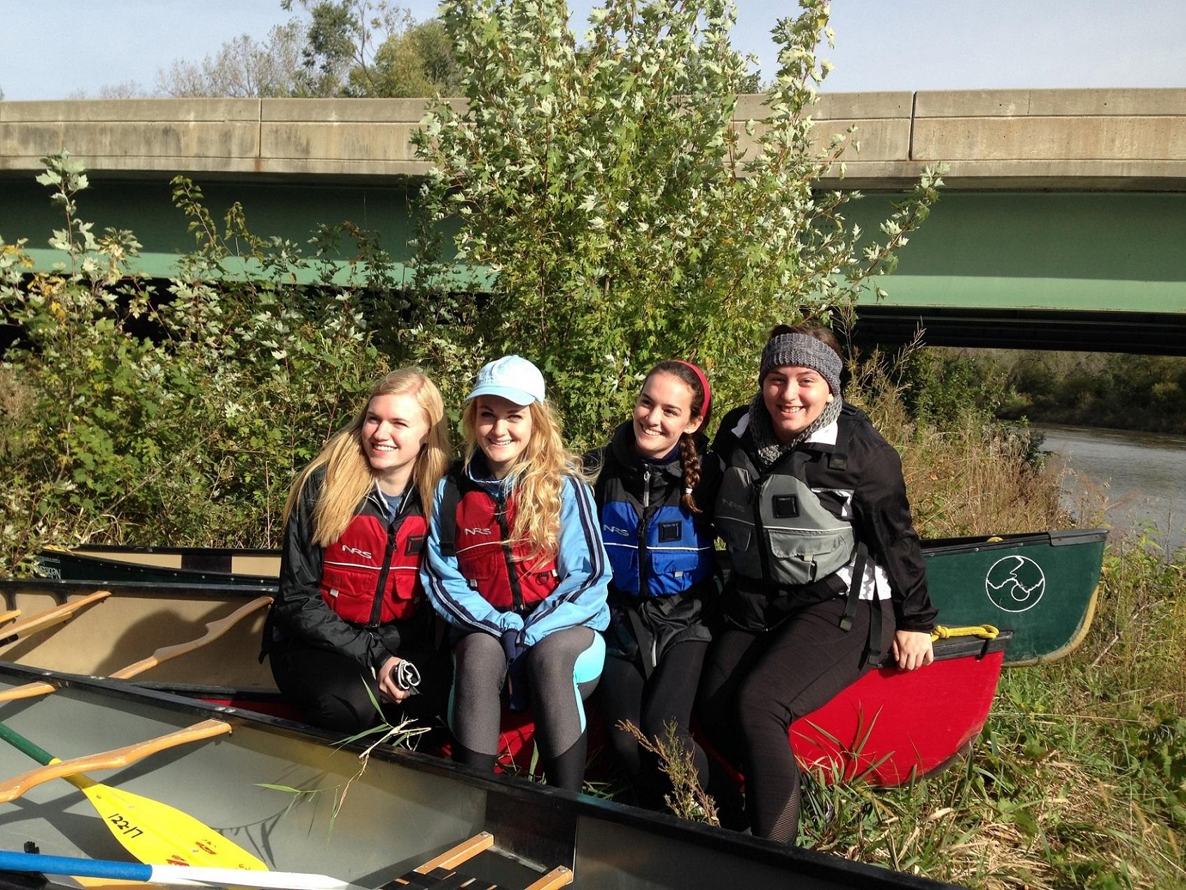 Canoeing the Niobrara